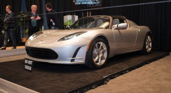 One of the more exclusive electric vehicles at this year's Autoshow is the Lotus Elise-based Tesla Roadster. With a range of 394 kilometres on a single charge, it can reach 0-100 km/h in 3.7 seconds.