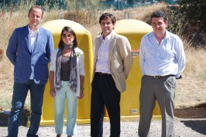 Entrega contenedores de Torrelodones a Galapagar