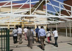Grupos de docentes y directivos se distribuyeron en aulas de ESO y Bachillerato del San Ignacio para conocer su experiencia