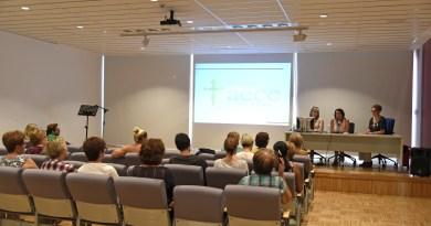 La AECC organizó una charla sobre el cáncer de mama en Torrent