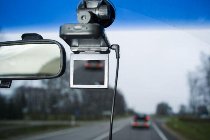 Driving Camcorder Untuk Mobil, Alat Perekam Yang Bisa Jadi Bukti
