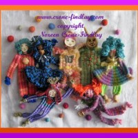 Wonderful woven dolls with 6 weaving sticks