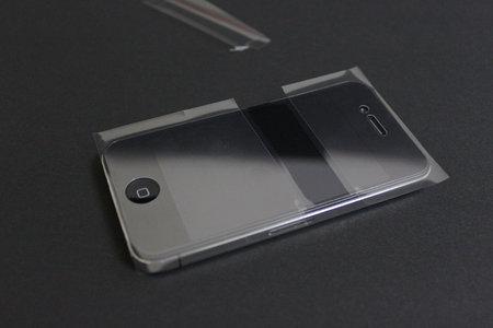 afp_crystal_film_set_iphone4_7.jpg