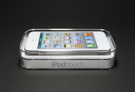 ipodtouch_4th_white_0.jpg