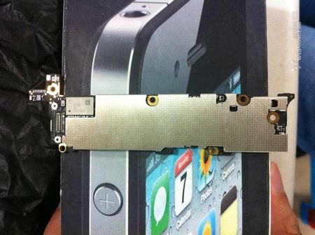 iphone5_logicboard_leak_1.jpg