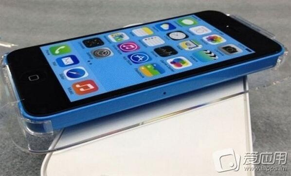 iphone5c_package_in_blue_2