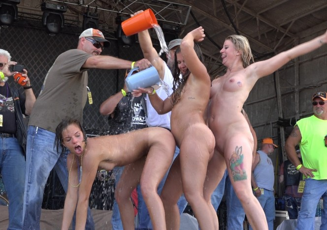 user submitted swinger party photos