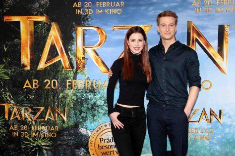 TARZAN - Tarzan alias Alexander Fehling und Jane alias Lena Meyer-Landrut zu Gast in München © Constantin Film/Gisela Schober