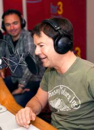 """Die """"Bombi-Show"""" ist zurück: mit hr3-Programmchef Jörg Bombach (rechts im Bild) und hr3-Moderator Mirko Förster Foto: hr/Sven-Oliver Schibat"""