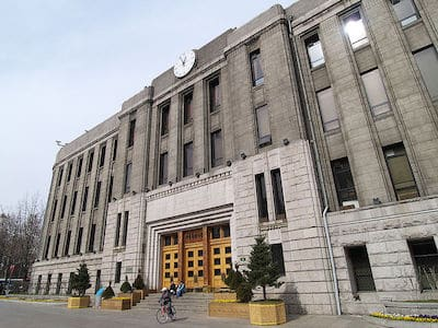 800px-Seoul_City_Hall_01