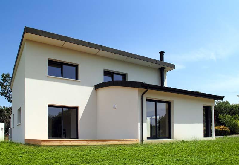 Maison contemporaine toiture cintr e constructeur de for Maison moderne finistere