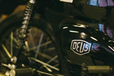 Deus-7378