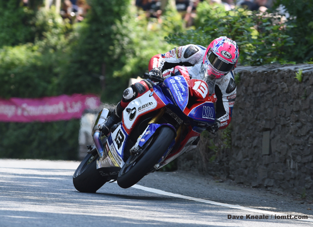 Image of Lee Johnston on TT Ilsle of Man Races