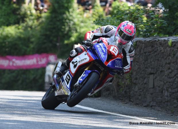 Image of Lee Johnston on TT Ilsle of Man Races