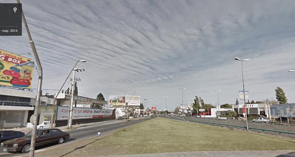 Google Maps Street View Mujer Urbana