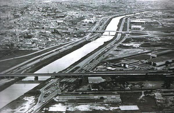 Rio Tietê - 1964 - Via: SkyscraperCity.