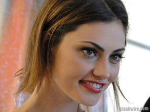 Phoebe Tonkin at Comic Con 2013
