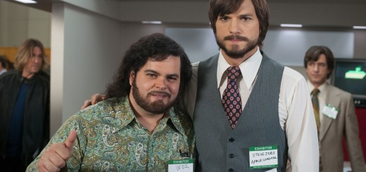 Josh Gad and Ashton Kutcher as Steve Wozniak and Steve Jobs in JOBS