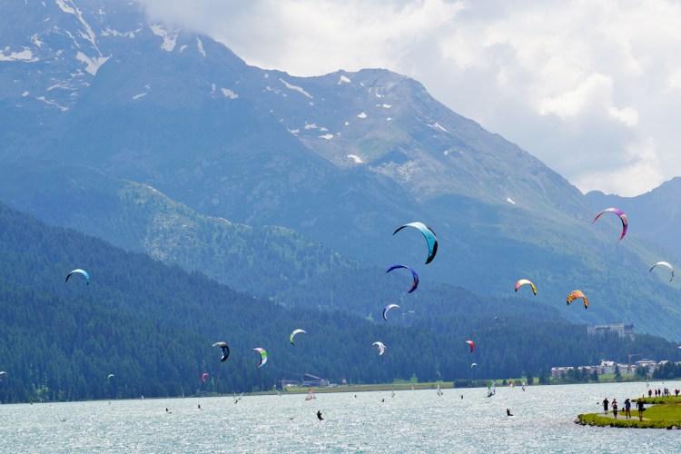 Kite-Surfen ist im Sommer sehr beliebt