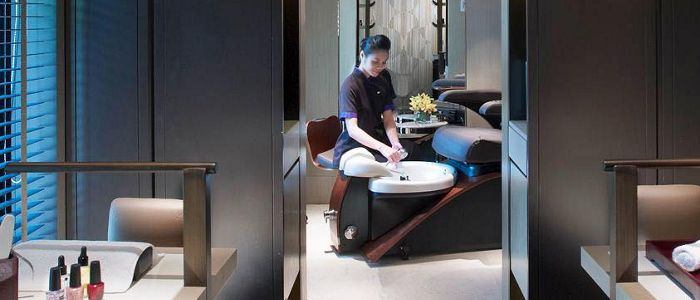 Get rejuvenated and feel fresh after a long day of meetings.