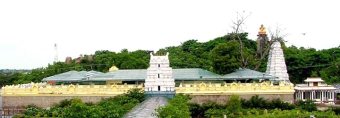 Gnana-Saraswathi-Temple