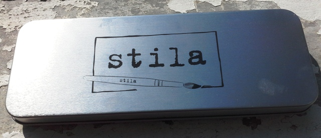 stila color me prett lip and cheek palette2