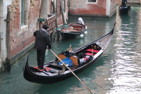 Gondola Driver with Couple; Venice, Italy; 2011