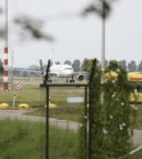 Hijacked plane on Shiphol. Photo: Telegraaf