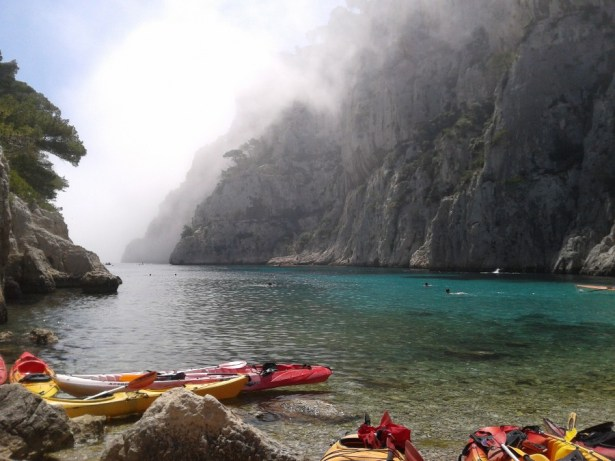The fog descends over  UCPA's kayaking adventure at Calanque de Sormiou outside Marseille, France. Photo: Kerstin Beckman