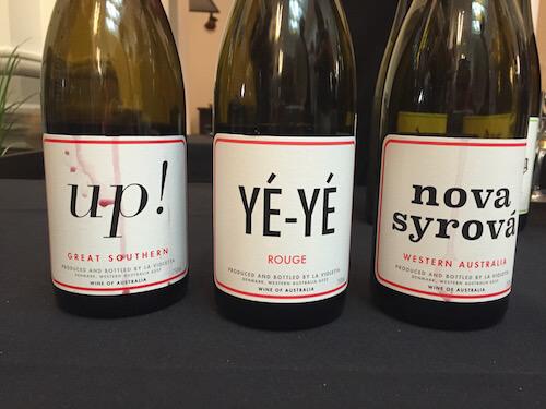 La Violetta - Up, Ye-Ye and Nova Syrova