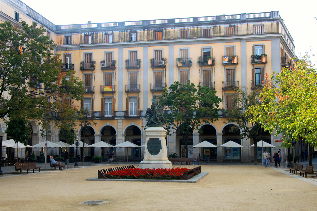 City Square - Girona Spain - Photo