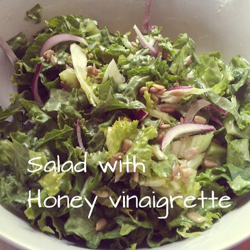 Salad with honey dress