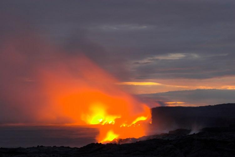 travelthisearthcom-hawaii_volcano-56dd6a986d9eb