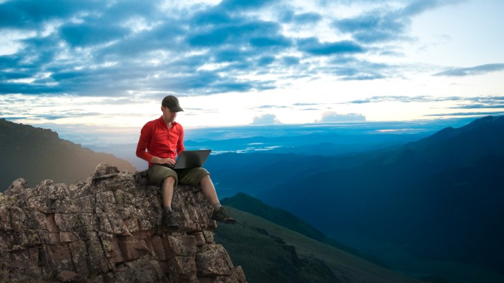 Travelancing Mountaintop