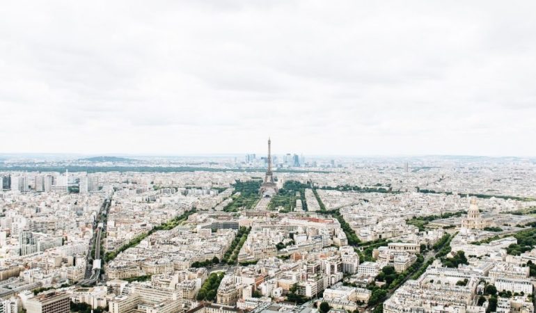 Bonjour from Paris (Typing with my mouth full.)
