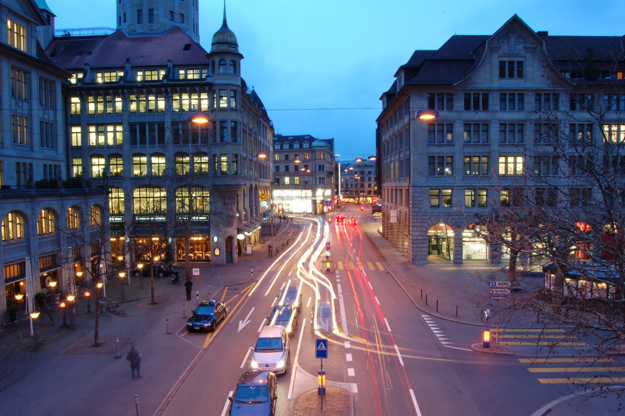 Things to Do and See in Zürich - Bahnhofstrasse