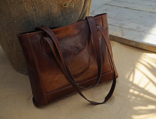 Luxury leather shopping tote
