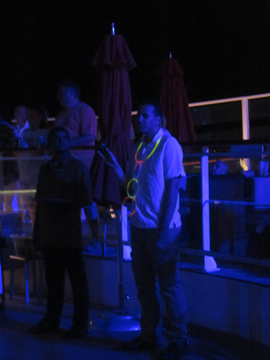 Glow-Party-Norwegian-Breakaway-6