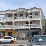 St-Maarten-peking-Supermarket-TravelXena