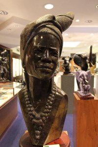 Crisson and Hind African Sculpture TravelXena 10