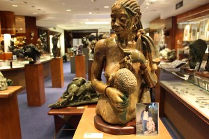 Crisson and Hind African Sculpture TravelXena 5