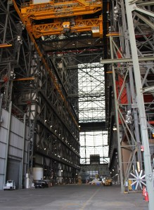 vehicle_assembly_building_vab_nasa_travelxena_3