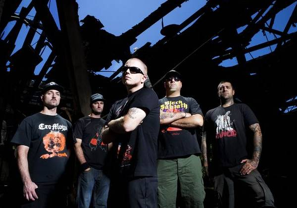 "Hatebreed Hatebreed ""Honor Never Dies"" Music Video"