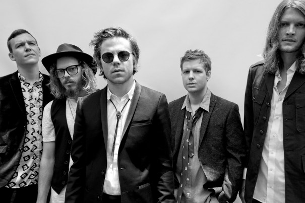 "Cage The Elephant Cage The Elephant ""Cigarette Daydreams"" Music Video"