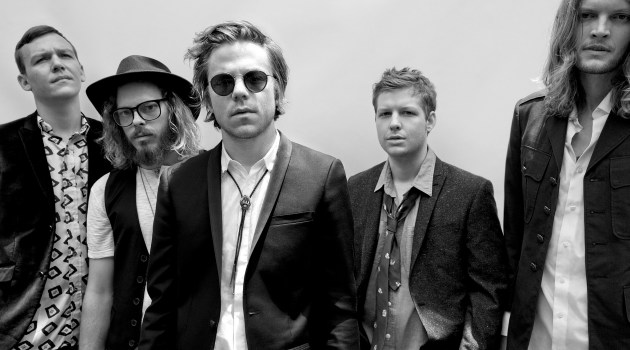 "Cage The Elephant ""Cigarette Daydreams"" Music Video"
