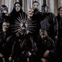 Slipknot's Corey Taylor Opens Up About homelessness, Attempted Suicide