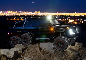 TRX-6 Mercedes-Benz G 63 AMG 6x6 Factory-Equipped LED Lighting