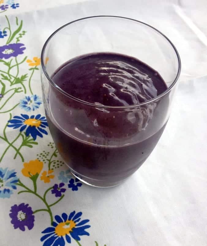 blackberry pbj smoothie