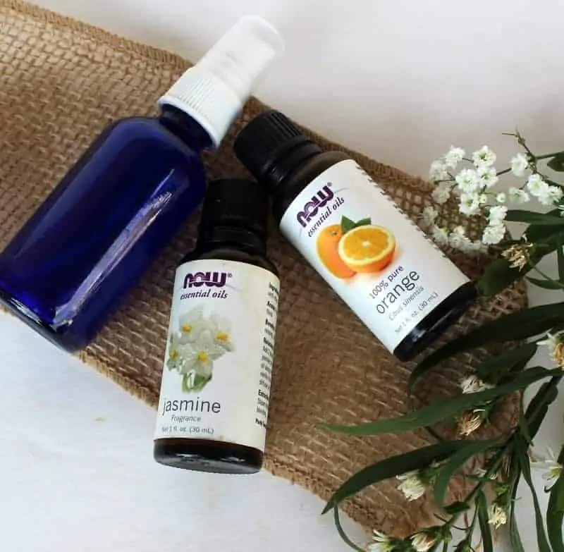 DIY essential oil room spray from treble in the kitchen made with essential oils, water and alcohol. So easy!