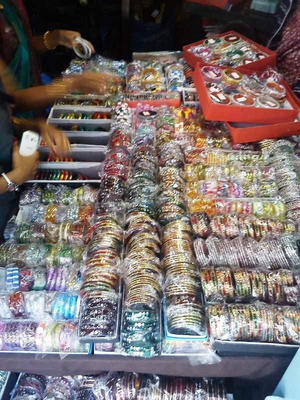 bangles tulsi baug shopping